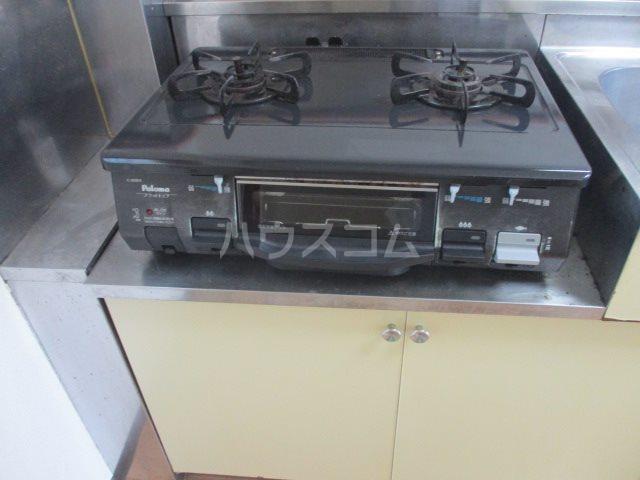サンハイツタカオカⅠ 205号室のキッチン