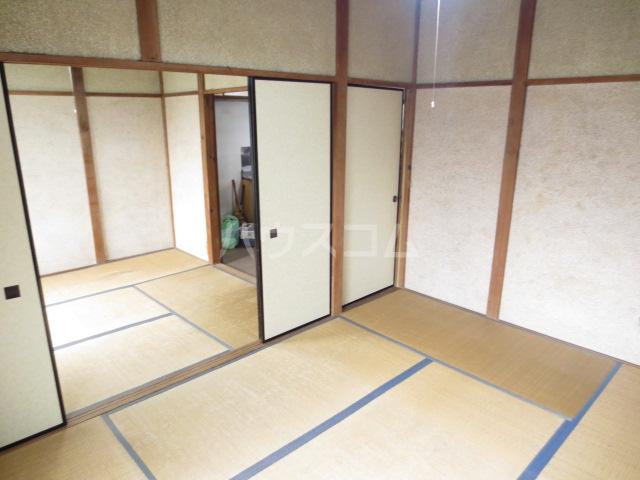 コーポ長島 202号室の居室