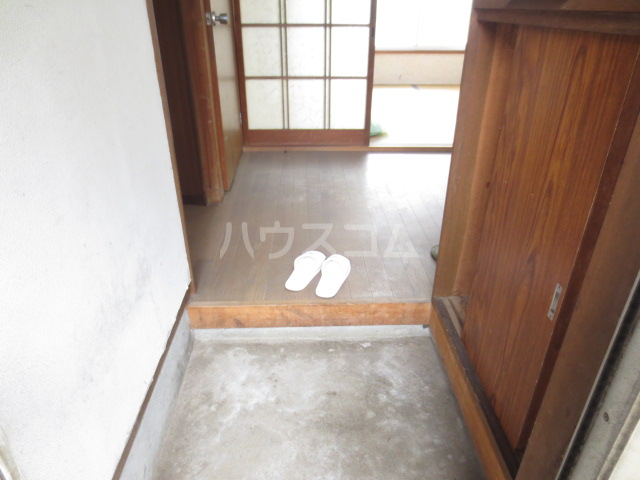 コーポ長島 203号室の玄関