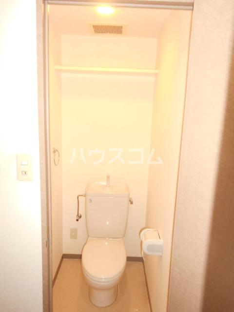 ソレアードパラシオン 202号室の洗面所