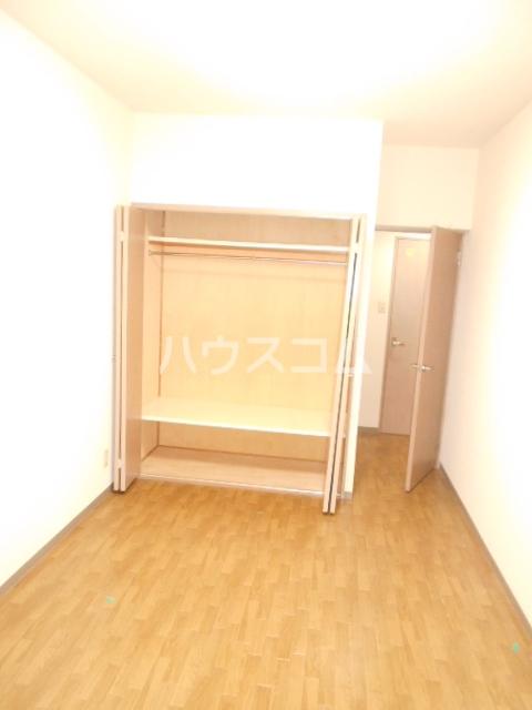 ソレアードパラシオン 202号室のトイレ