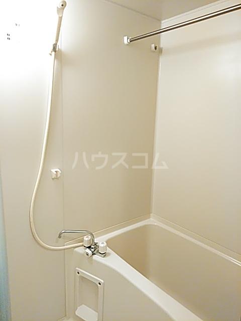コートリー 102号室の風呂