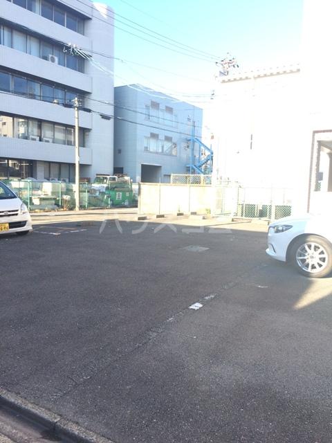 三鈴シティ 402号室の駐車場