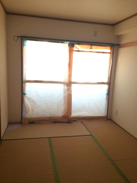 三鈴シティ 402号室のベッドルーム