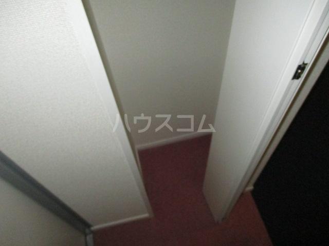 コンド千葉WEST 304号室の収納