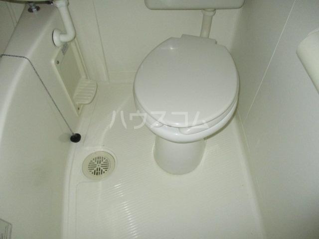 コンド千葉WEST 304号室のトイレ