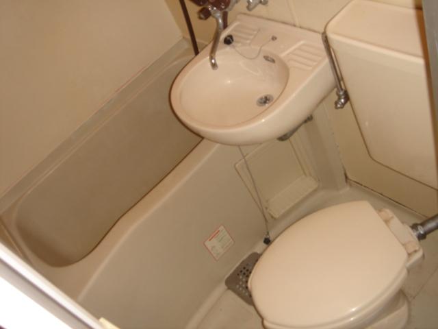 ガーデンハイツ八田 203号室の風呂