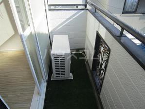 ガーデンハイツ八田 203号室のバルコニー