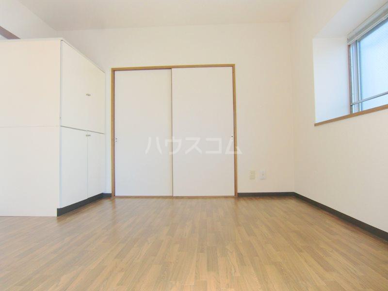 アイ&ユウ壱番館 101号室のエントランス