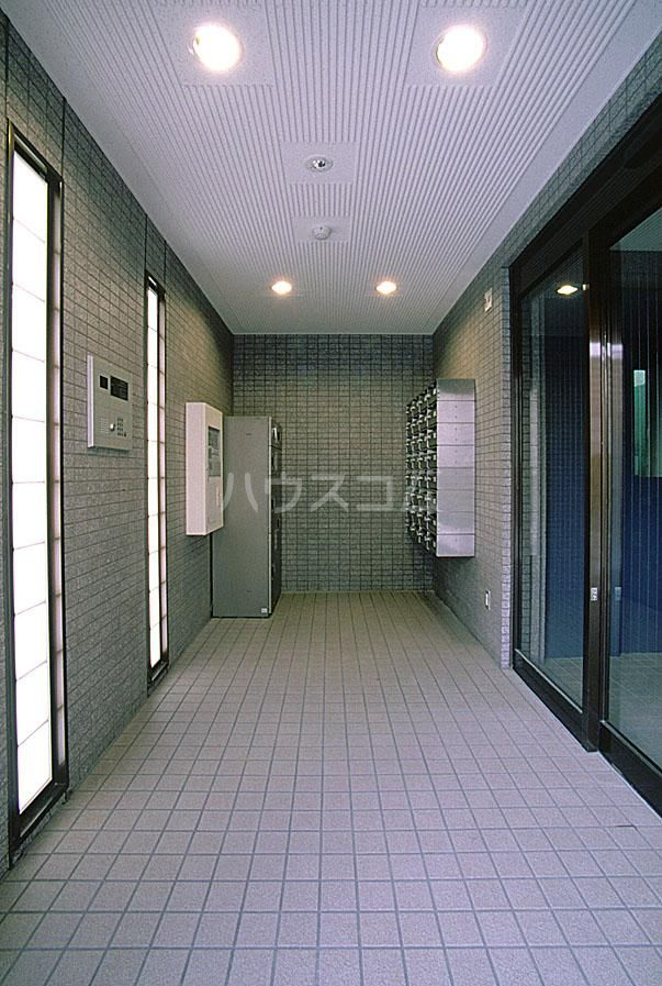 グランメール21 4-A号室のエントランス