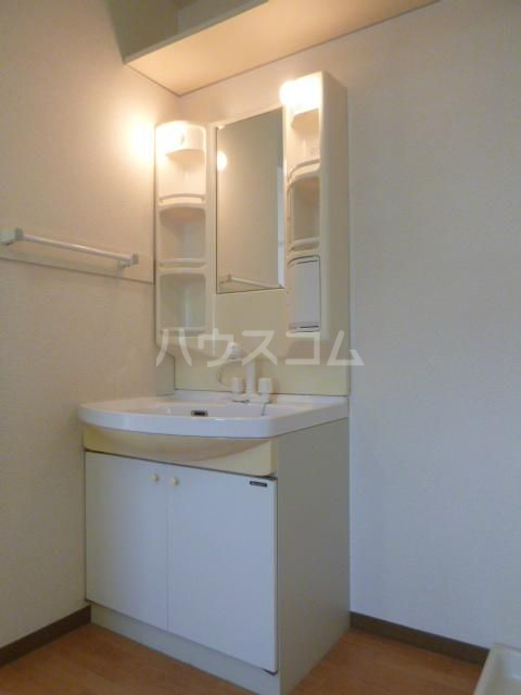 グランメール21 4-A号室の洗面所