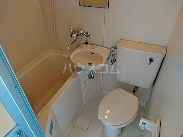 プラザ検見川 A棟 103号室の風呂
