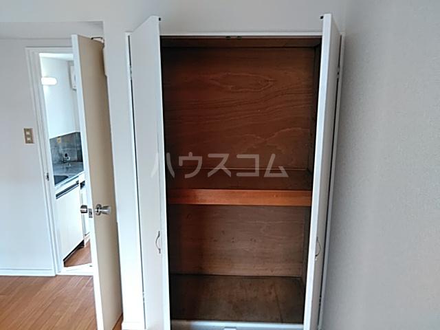 プラザ検見川 A棟 103号室の収納