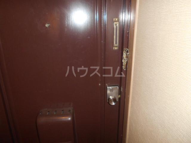 菱田ビル 403号室の玄関