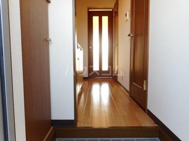 ユートピア マツバラ 401号室の玄関