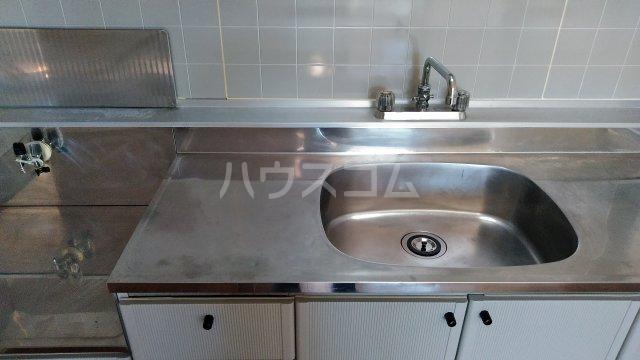 サンビレッジこいけA 201号室のキッチン