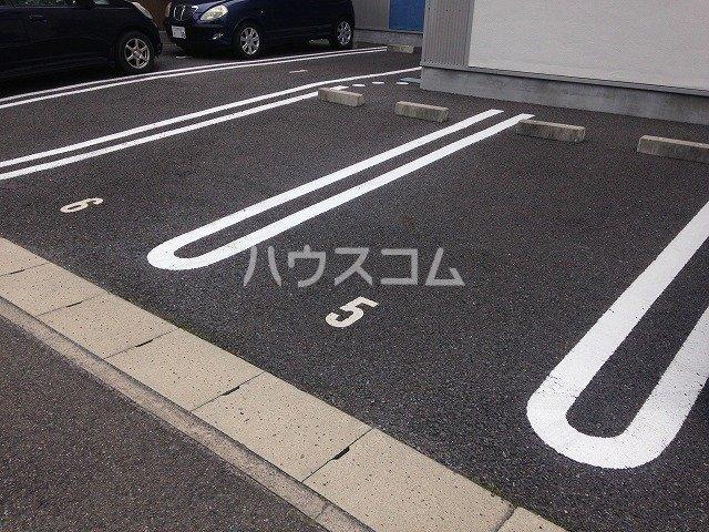M'sパティオ 103号室の駐車場