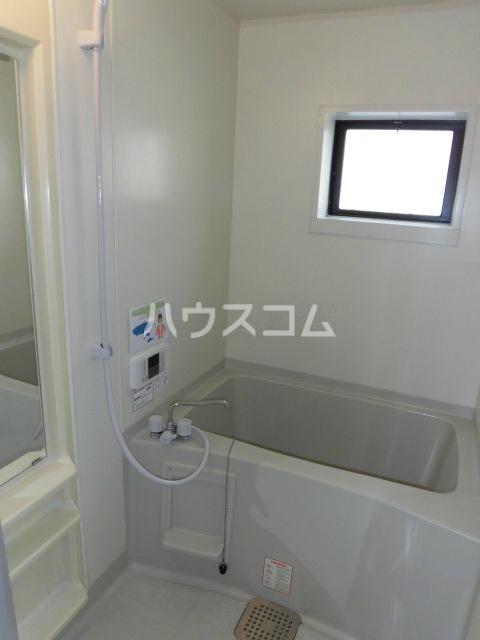ハイムK.M 102号室の風呂