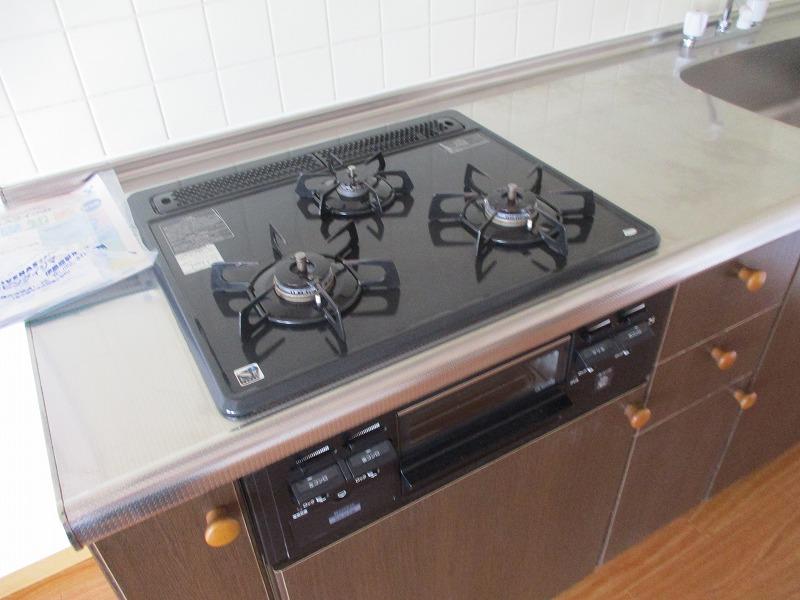 グランドパーク 406号室のキッチン