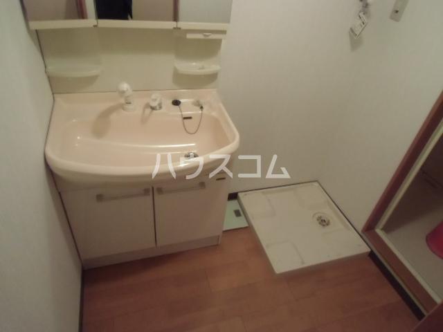 GX小垣江 305号室の洗面所