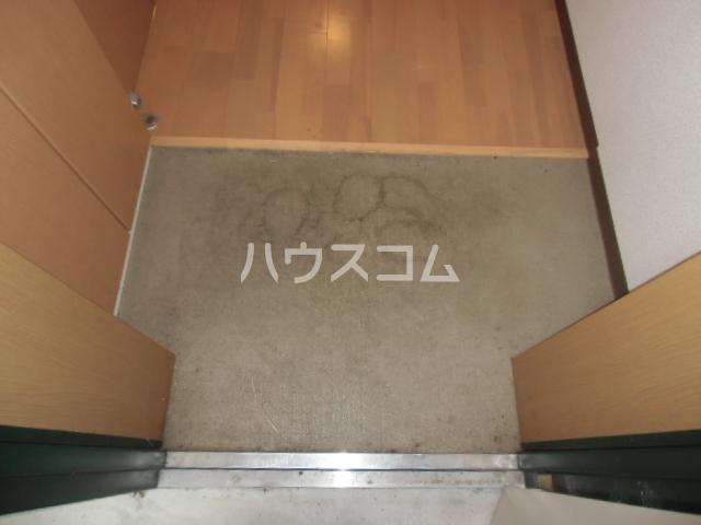 GX小垣江 305号室の玄関