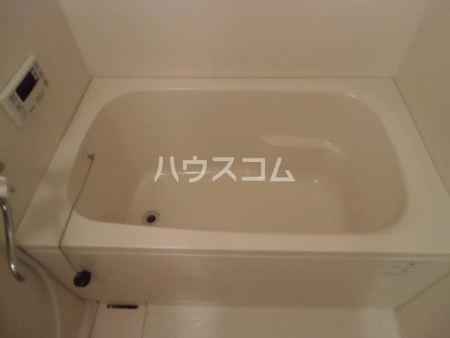 GX小垣江 305号室の風呂