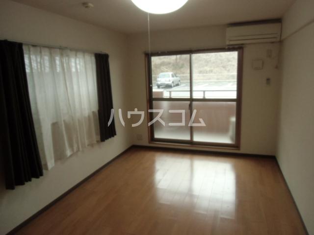 GX小垣江 305号室の居室