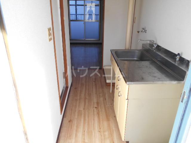 刈谷マンション 308号室のキッチン