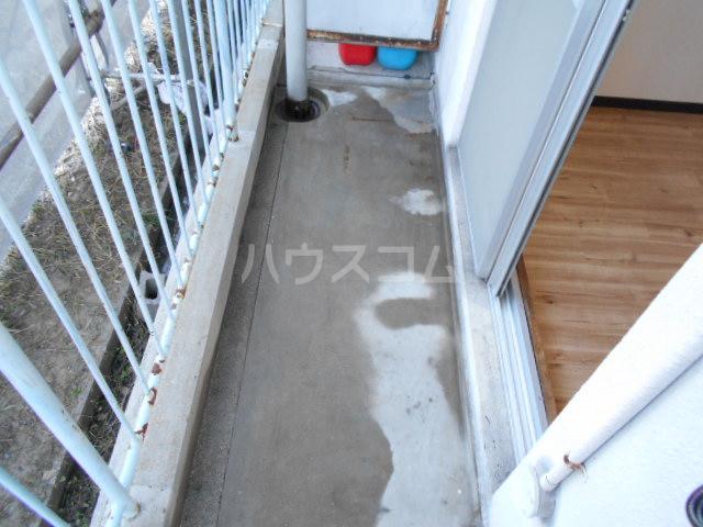 刈谷マンション 407号室のバルコニー
