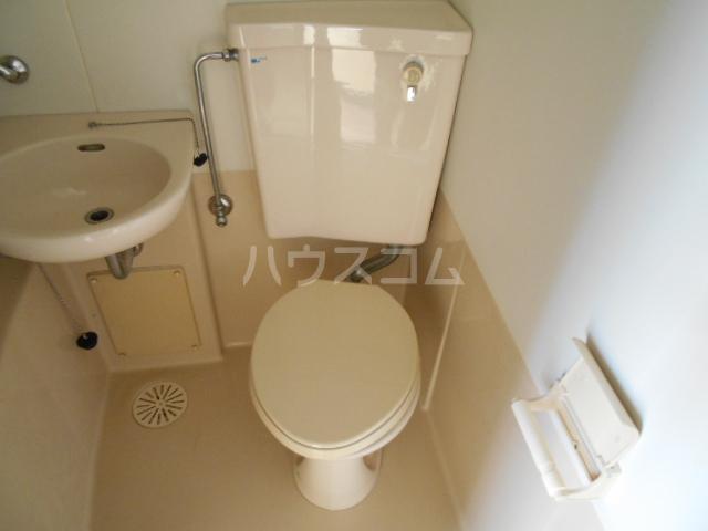 刈谷マンション 407号室のトイレ