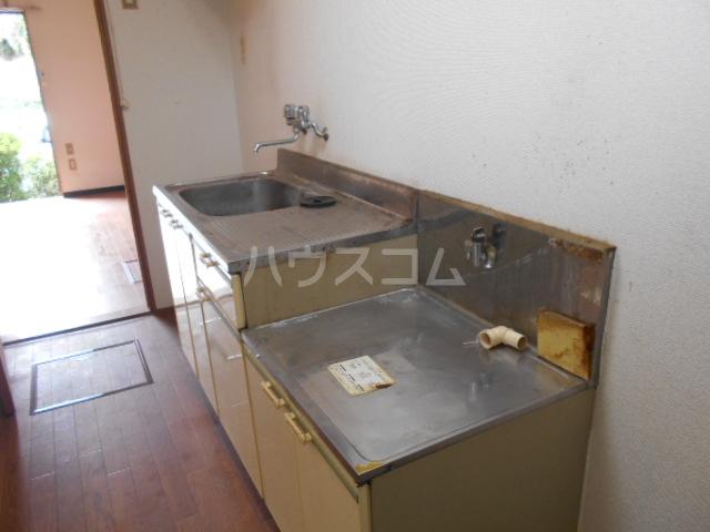 ハイツヤマダ 102号室のキッチン
