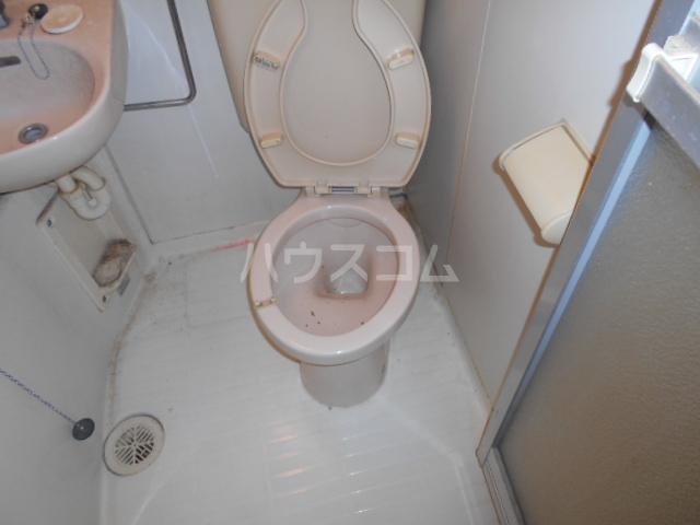 ハイツヤマダ 102号室のトイレ