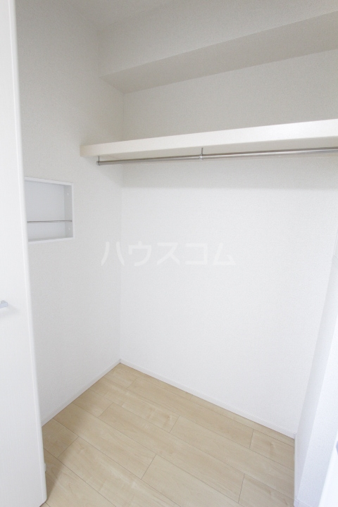 ヴィラ 03010号室の収納