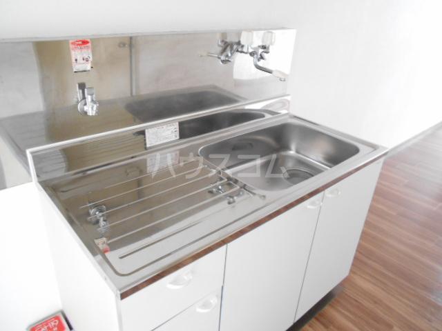 アーバンムラセ 102号室のキッチン