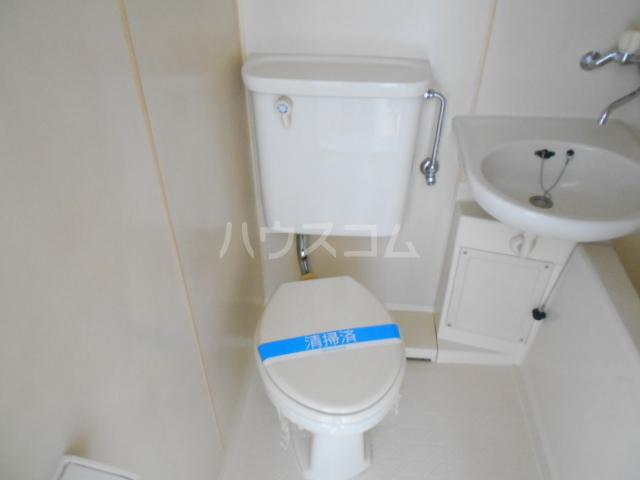 アーバンムラセ 102号室のトイレ