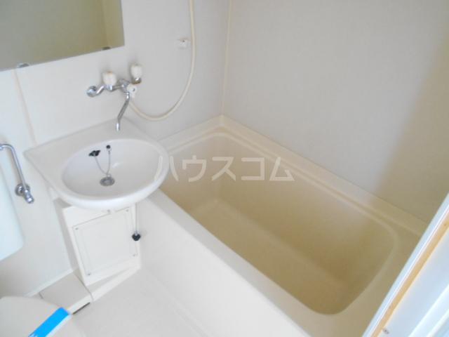 アーバンムラセ 102号室の風呂