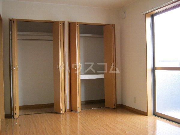 パストラル高棚 202号室のベッドルーム