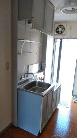 グレイスハイランズ 201号室のキッチン