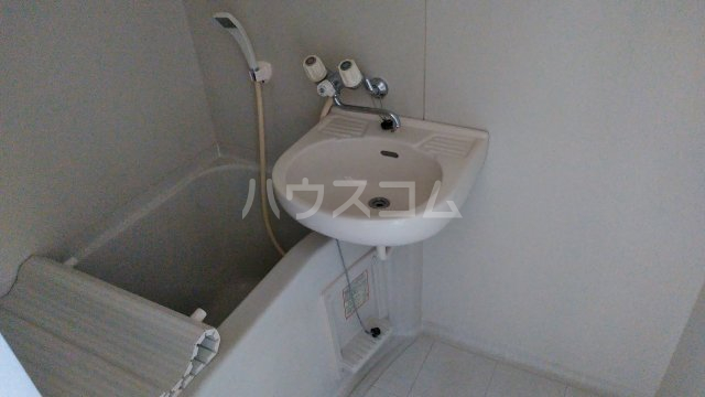 グレイスハイランズ 201号室の風呂