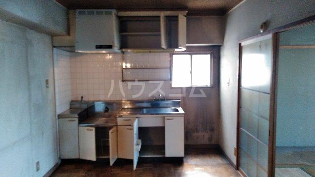 アトムハイツ 201号室のキッチン