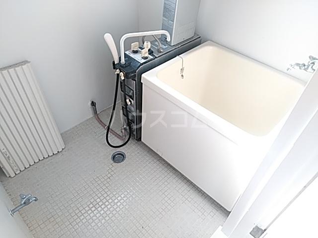 メゾン西千葉 801号室の風呂