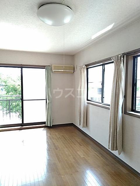 齋藤アパート 1号室のリビング