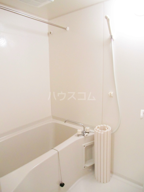 パディー江西 201号室の風呂
