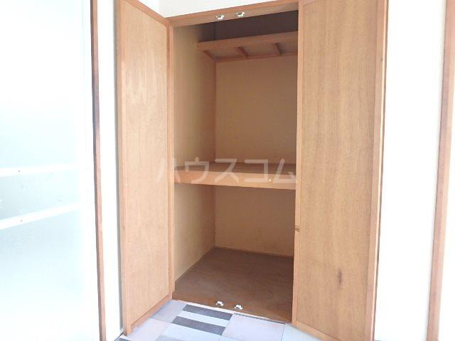 山本ハイツ 102号室の収納