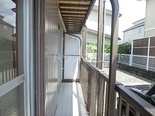 山本ハイツ 102号室のバルコニー