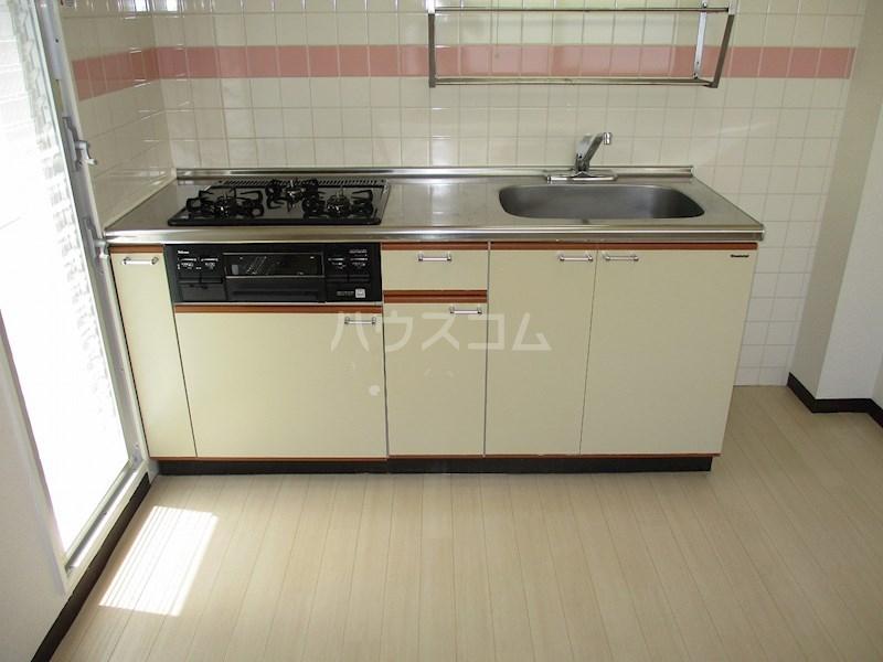 REGART佐鳴台 201号室のキッチン