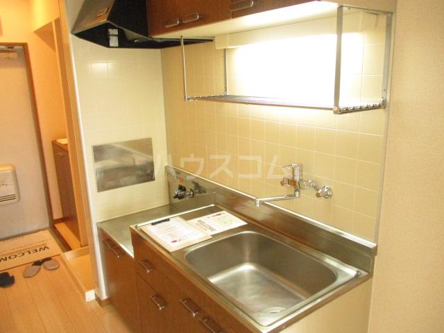 オプスマロニエ 201号室のキッチン