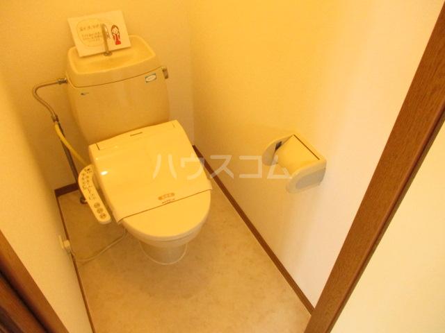 オプスマロニエ 201号室のトイレ
