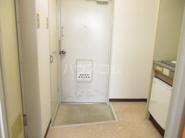 パークサイド・アイ 402号室の玄関