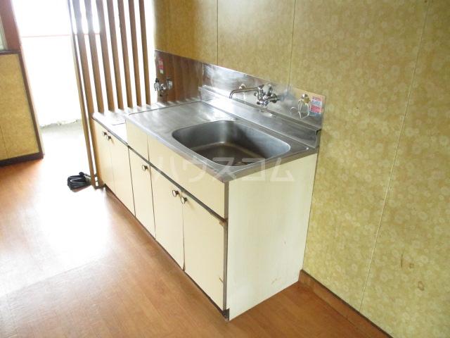 コーポみどり 201号室のキッチン